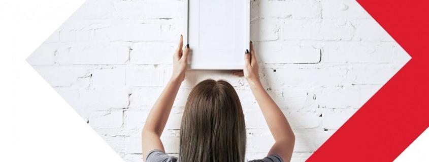 Comment créer efficacement une composition de cadres sur un mur